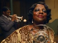 Ma Rainey Blues'un Annesi   seslendirme